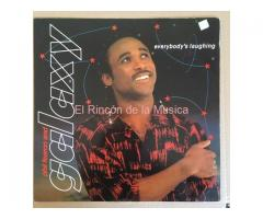 PHIL FEARON AND GALAXY - EVERYBODY'S LAUGHING